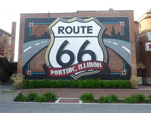 IL, Pontiac 55 - Route 66 parking lot mural