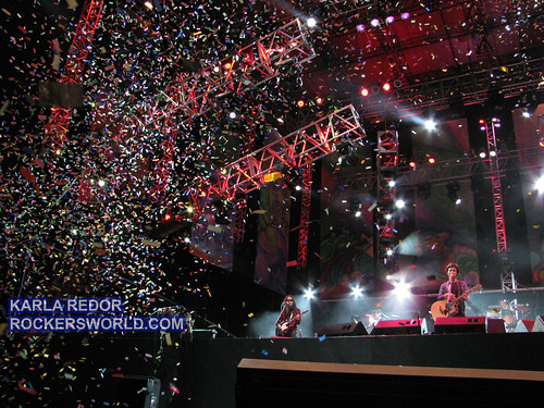 Confetti at the concert