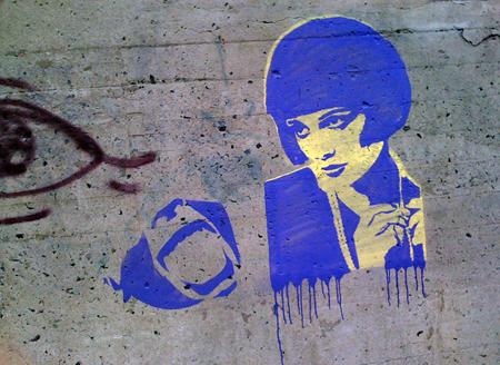 louise brooks graffiti 450_0381