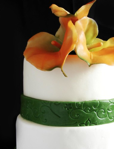 Norie's Kitchen - Calla Lily Themed Wedding Cake