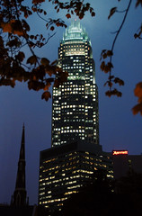 Bank of America Corporate Center (1992), 100 N...