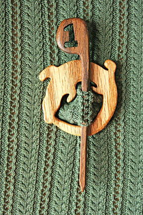 Gators #1 shawl pin