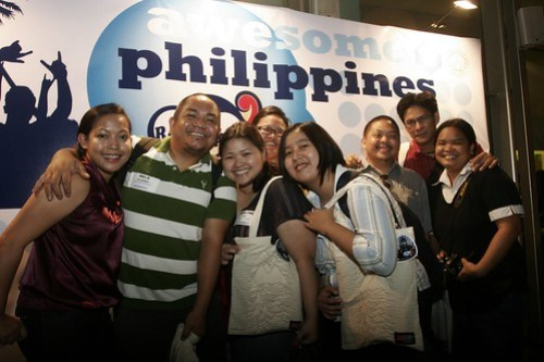 awesome-philippines-travel-bloggers-2