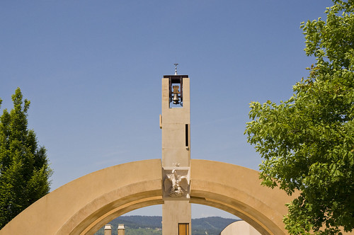 Archway Entrance leading to the Mission Hills Family Estates