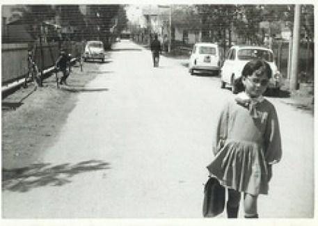 via Primo Maggio, 1966. La Manèccia sbucava da laggiù, l'angolo con via delle Nazioni