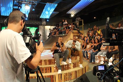 Bastidores da gravação do Aglomerado com Dudu Nobre Por tvbrasil