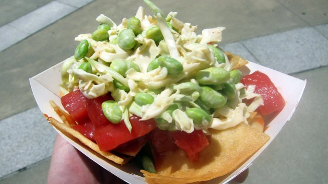 the lime truck's ahi tuna poke nachos
