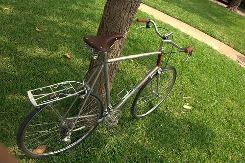 Converting a Road Bike to a Commuter Bike (3/4)
