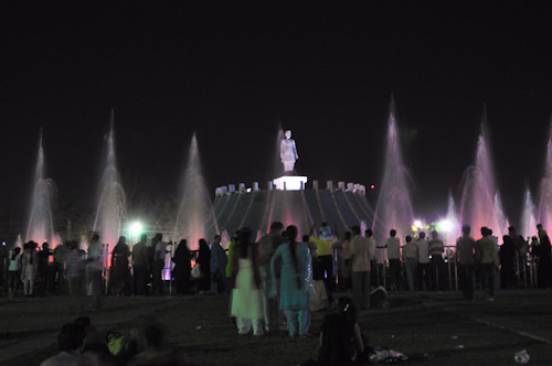 People and the fountains