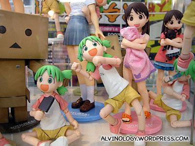 Figurines of manga character, Yotsuba