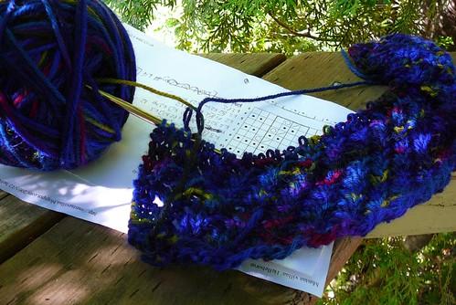 Helleborus scarf