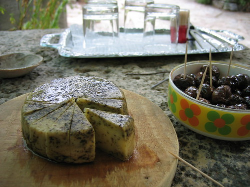 Goat cheese with herbs! And steamed olives...