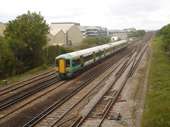 377448 between Gatwick Airport and Three Bridges