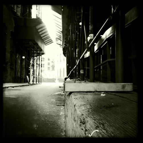 Cavernous street