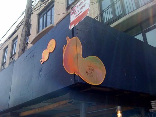 Jason Eisner(?) on N6th btw Bedford/Berry