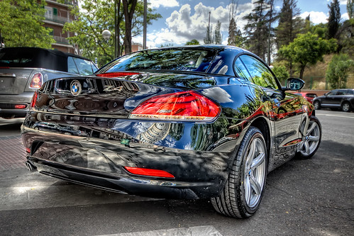 BMW Z4 sDrive 23i (rear), HDR