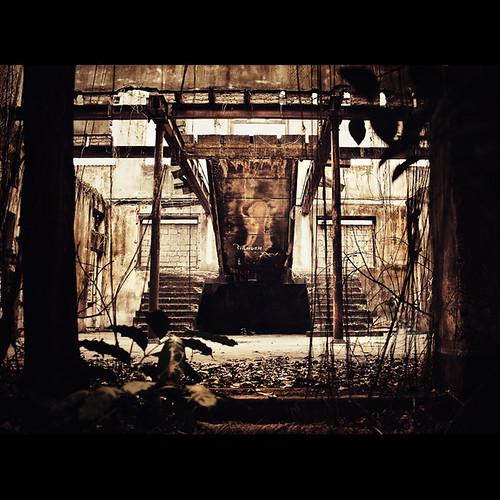 Resident Evil...rsrs (by Fernando Delfini)