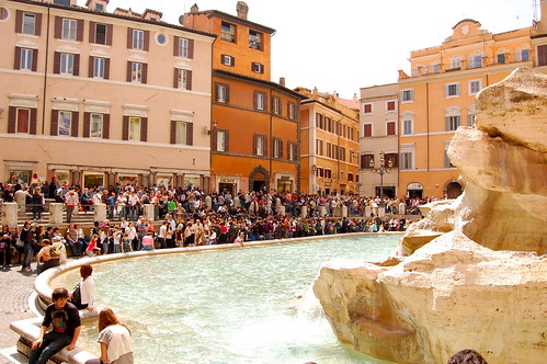 Tourist throngs at the Trevi Fountain