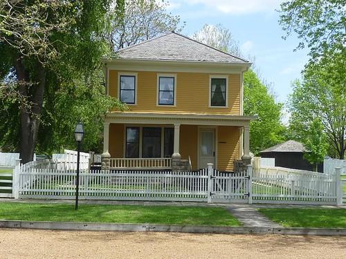 IL - Springfield 76 Lincoln Home neighborhood