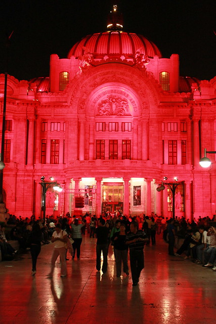 Palacio de Bellas Artes de noche 2