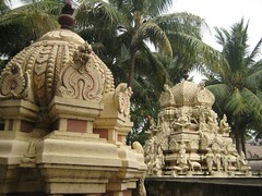 Sri Navaneetha Krishnan Sri Lakshmi Narasimhar Temple 3
