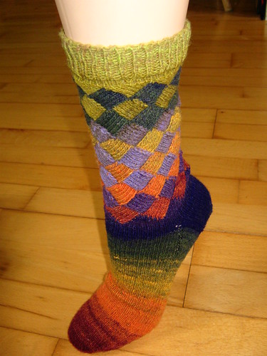 * Noro is definitely one sock yarn that looks fantastic in entrelac!