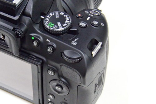 canon nikon ergonomics feel dslr digital slr camera photography