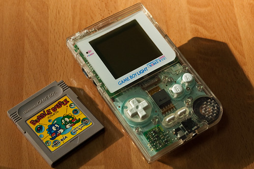 Gameboy Light Skeleton Famitsu Edition & Bubble Bobble