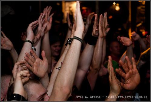 Crowd / Agnostic Front