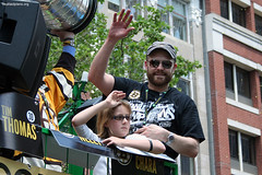Tim Thomas and daughter