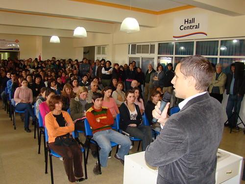 Juan Pablo De Jesús con los becarios 2008