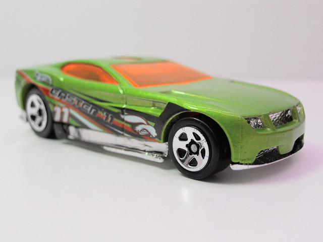 hot wheels easter 5 pack canyon carver