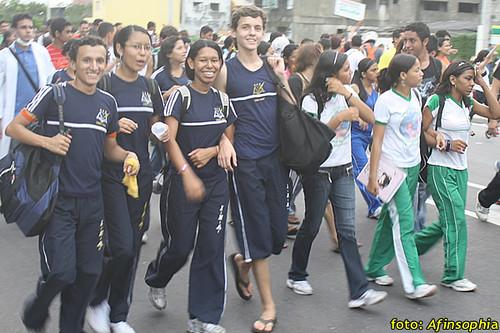 Estudantes Passeata 05 por você.