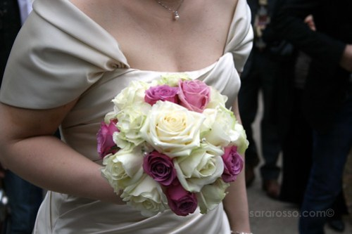 The bride's rose bouquet at a wedding in Tuscany