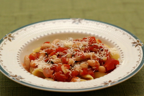 Tuscan Beans with Sage