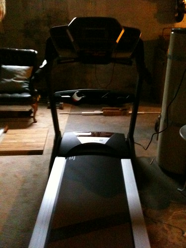 bad picture of treadmill!