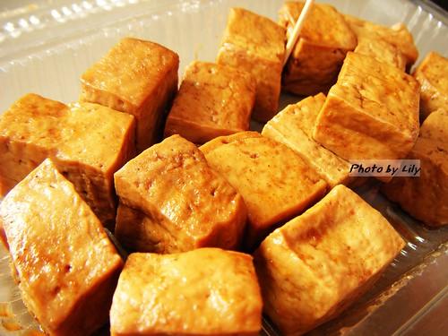 西井村蜂蜜滷味的小豆乾