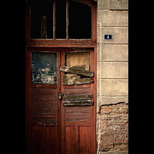 The 4th Door. (by Fernando Delfini)