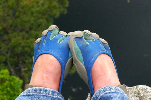 Vibram Five fingers in action