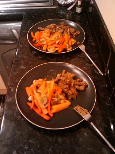 Beef satay with stir-fried veg