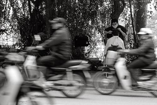 punctum Hanoi frizerul Voicu Bojan