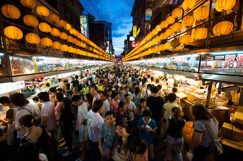 The very crowded Miaokou Night Market (廟口夜市) is full of local favorites.