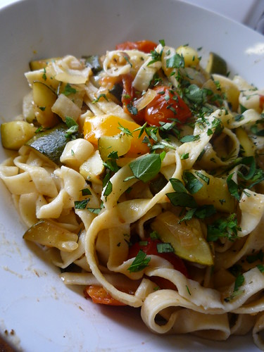 Pasta with roastes summer vegetables