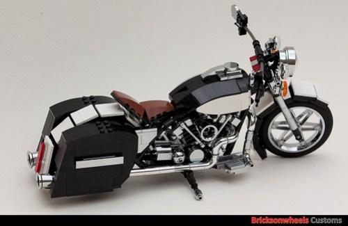 Harley Davidson FLH1340 Custom In Lego (1:10)