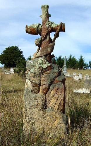 headstone in braidwood