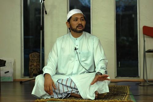 Ustaz Mukram berkongsi hadith-hadith tentang nikmat syurga