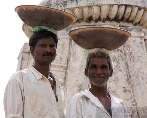 Temple labourers