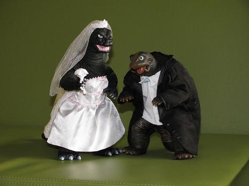 01 - Bridezilla and Groomera