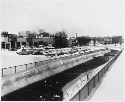 Used Car Lot on Massachusetts Avenue