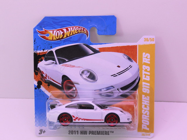 hot wheels porsche 911 gt3 rs white (1)